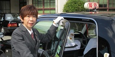【阪急タクシー】女性2 230-115